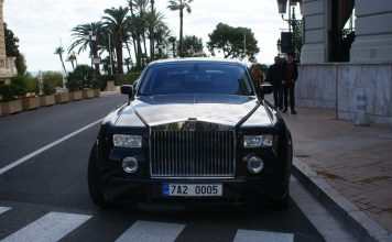 Rolls Royce - Classic car in Monaco