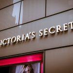 Victoria's_Secret_Store_4,_722_Lexington_Ave,_New_York,_NY_10022,_USA_-_Dec_2012