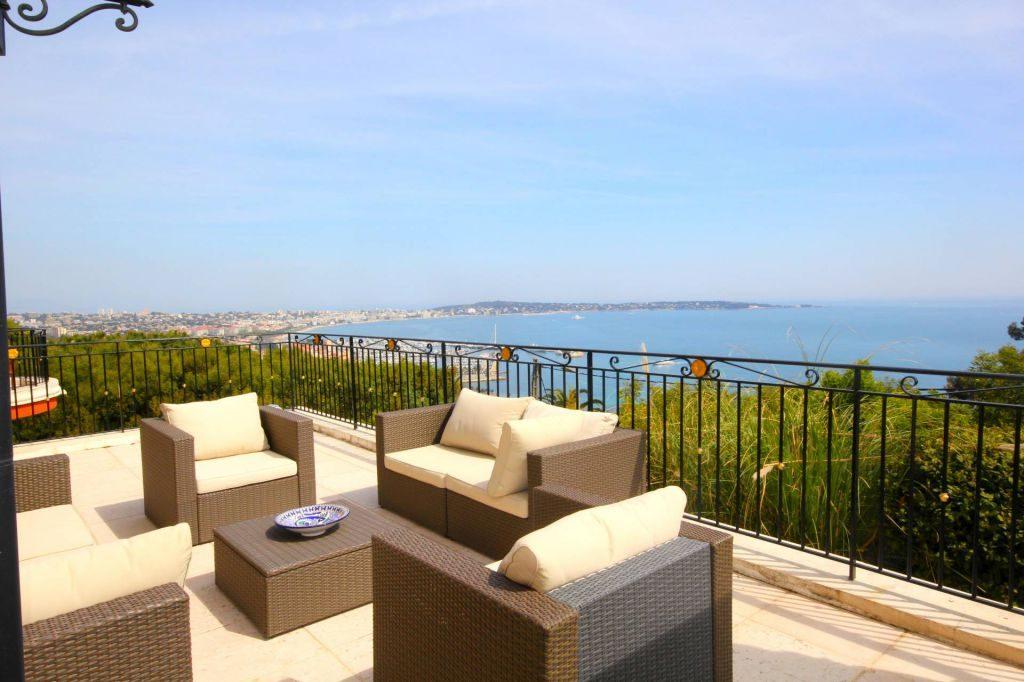 Luxury Cannes Villa for Sale