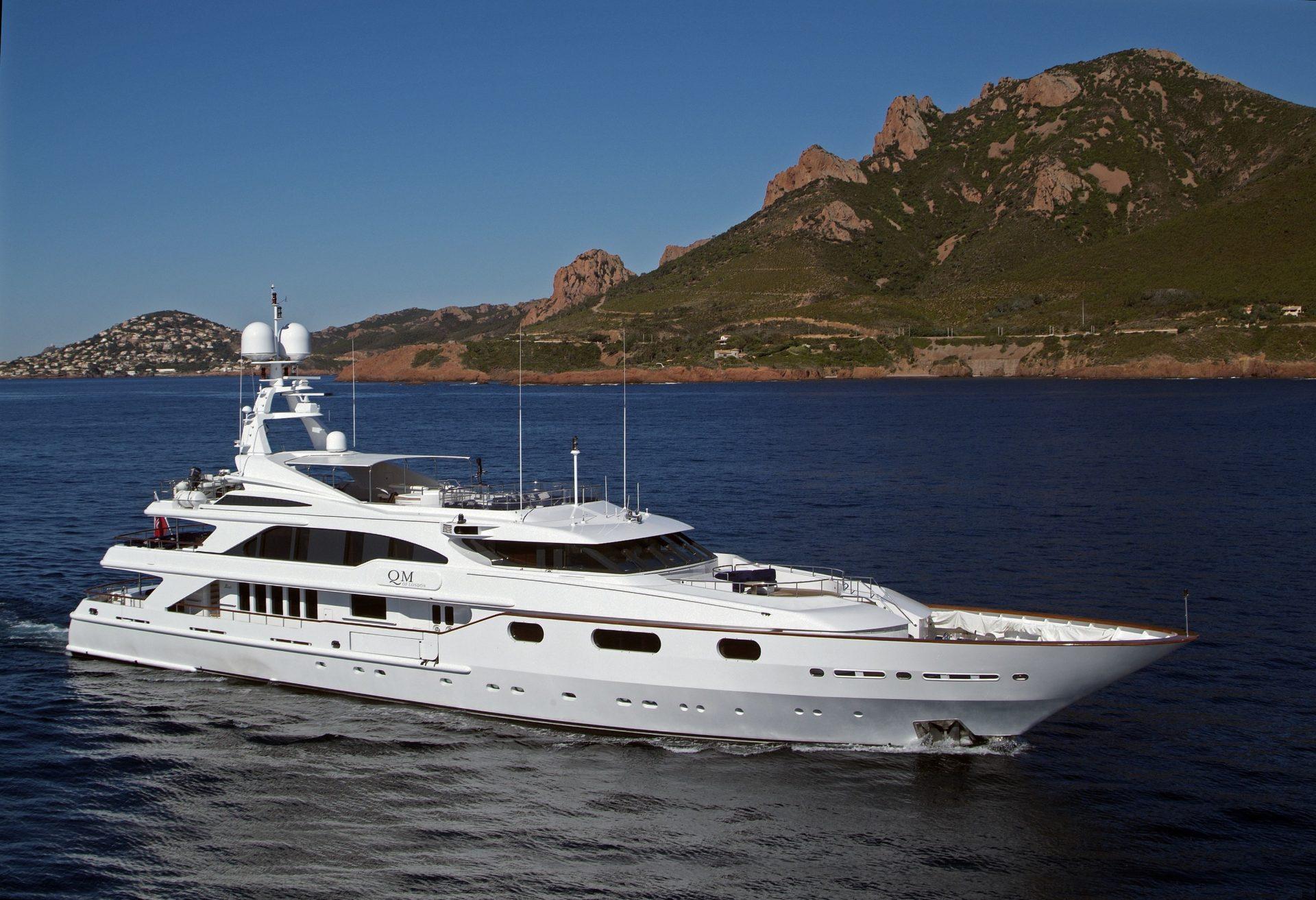 qm yacht