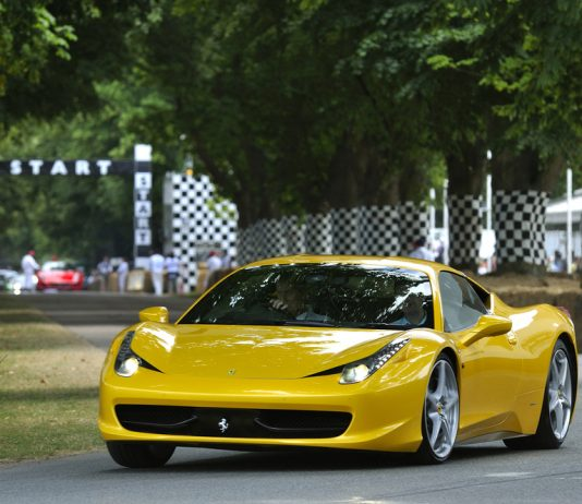 Ferrari Hire UK - Nurburgring Racing Holiday