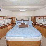 73-ferretti-yacht-for-sale-stateroom-2