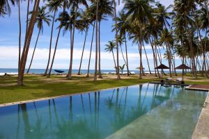 luxury-villa-Stella-Sri-Lanka-pool